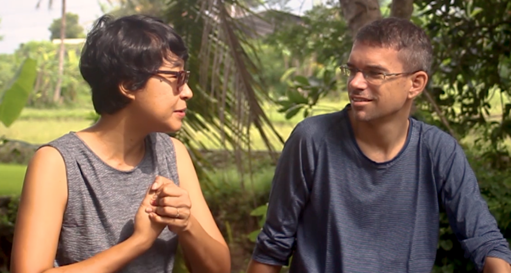 """Cicilia Maharani, the director of the film """"Ahu Parmalim"""" being interviewed by Egbert Wits."""