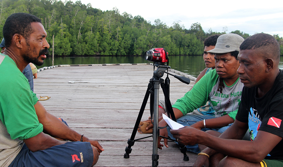 Video participants from an EngageMedia workshop in West Papua. Photo by Engagemedia